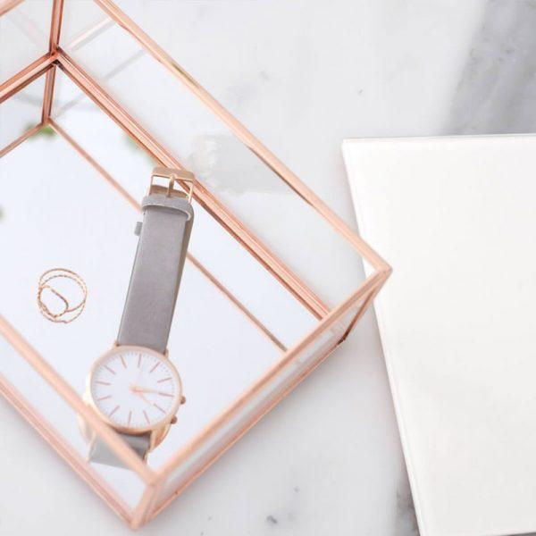 Стъклена кутия за бижута с капак, розово злато-бяло